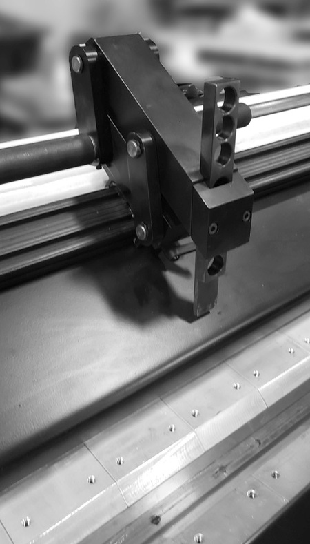 weld seamer bed tooling
